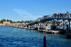 Ponte galleggiante verso il Cimitero di Venezia - 11/2019