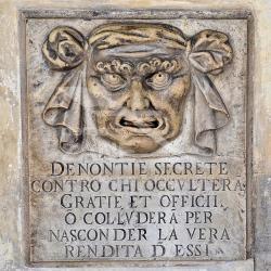 Monito ai disonesti - Palazzo dei Camerlenghi Venezia