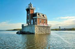 Faro sull'Hudson river (spedizione remiera in gondola 10/2007)