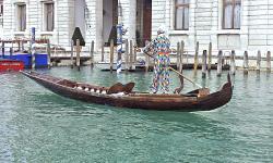 Arlechin Batocio in puparìn a coa de gambaro - Carnevale di Venezia
