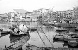 Relitto al porto di Mondello - Palermo 1976